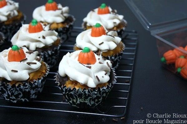 Cupcakes marbres citrouille et chocolat avec pepites de caramel au beurre