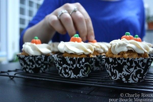 Petits gateaux marbres citrouille et chocolat avec pepites de caramel au beurre