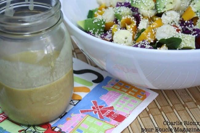 vinaigrette dijon trois recettes pour des salades savoureuses boucle magazine. Black Bedroom Furniture Sets. Home Design Ideas